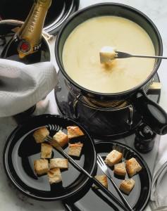 Fondue de queso, sabrosamente fácil.