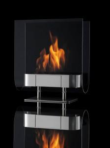 Una de las chimeneas que funcionan con etanol. Diseño elegante, sin humos, útil y sin peligro.