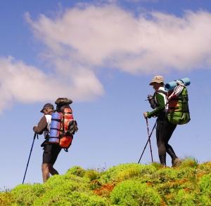 La primavera es una buena época para hacer senderismo o trekking de montaña.