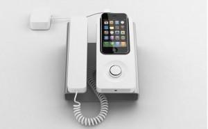 Transforme su iPhone en un auténtico aparato de oficina gracias al DeskPhone Dock.
