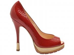 El día de San Valentín, regálele a su novia unos bonitos zapatos que no la dejen indiferente